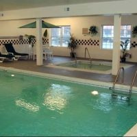 Country Inn Suites pool area